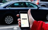 Senator Pushes for Benefits for Rideshare Drivers
