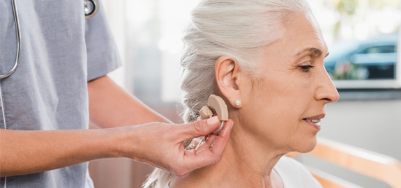 medicare providing hearing aid for senior
